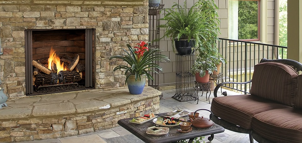 <p>Outdoor Lifestyles Carolina Gas Fireplace</p>