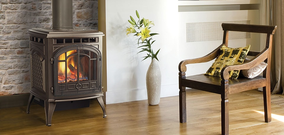 Sapphire Gas Stove shown in sienna bronze with standard safety screen